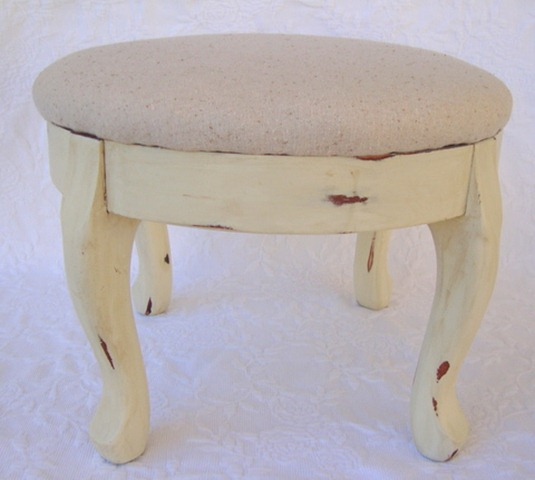 Makeover Monday~ A Wee Footstool and a Question about Round Top