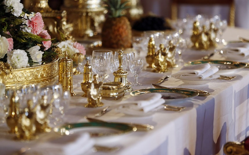 & Royal Wedding Wednesdays Banquets and Tablescapes - Decor to Adore
