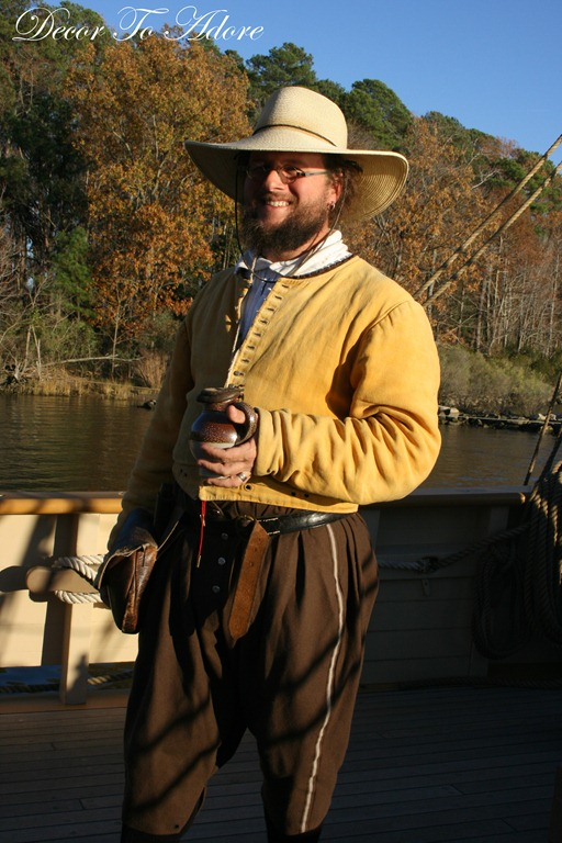 Colonial Style ~ Fashions