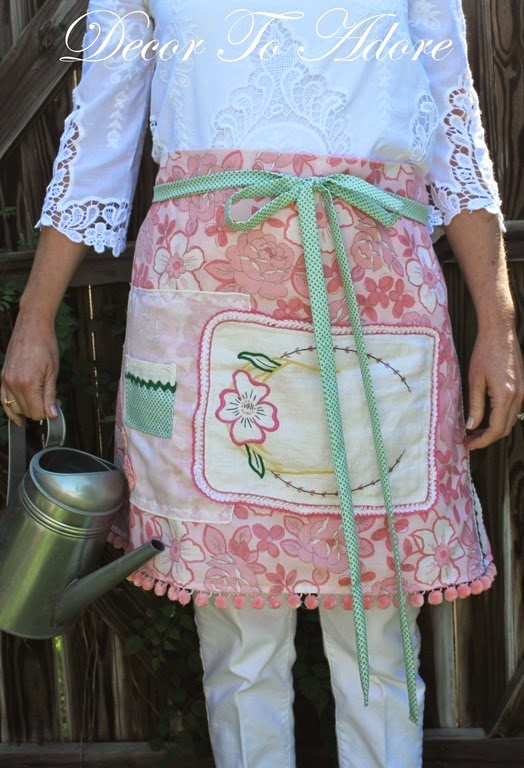Eleanor's Aprons pink