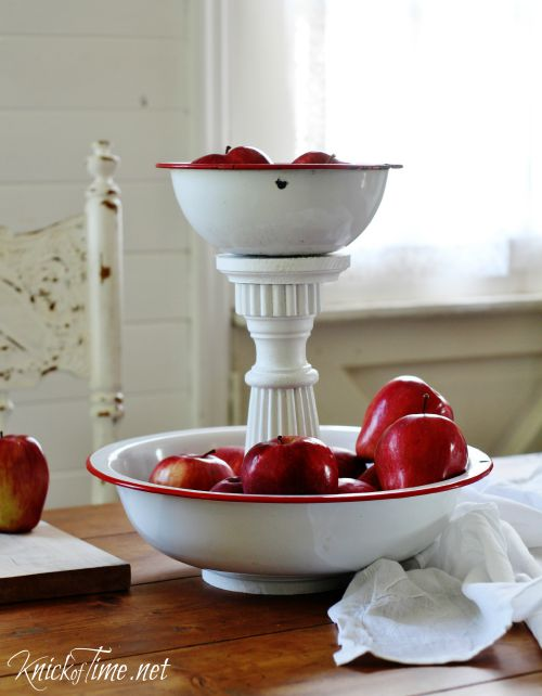 Enamelware Bowls Tiered Stand - KnickofTime.net