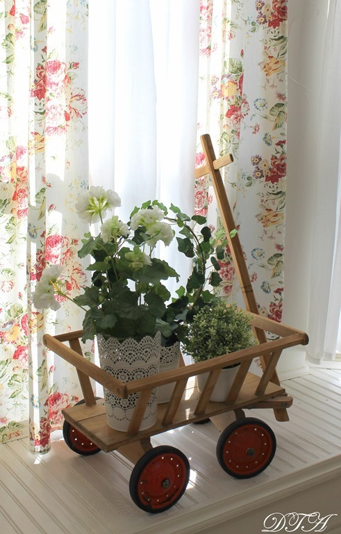 Spring Home Tour bay window