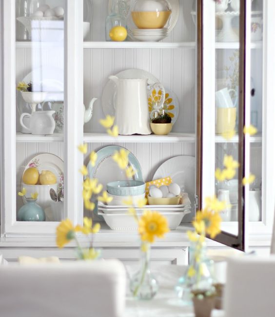 How to style a hutch for Spring craftberrybush