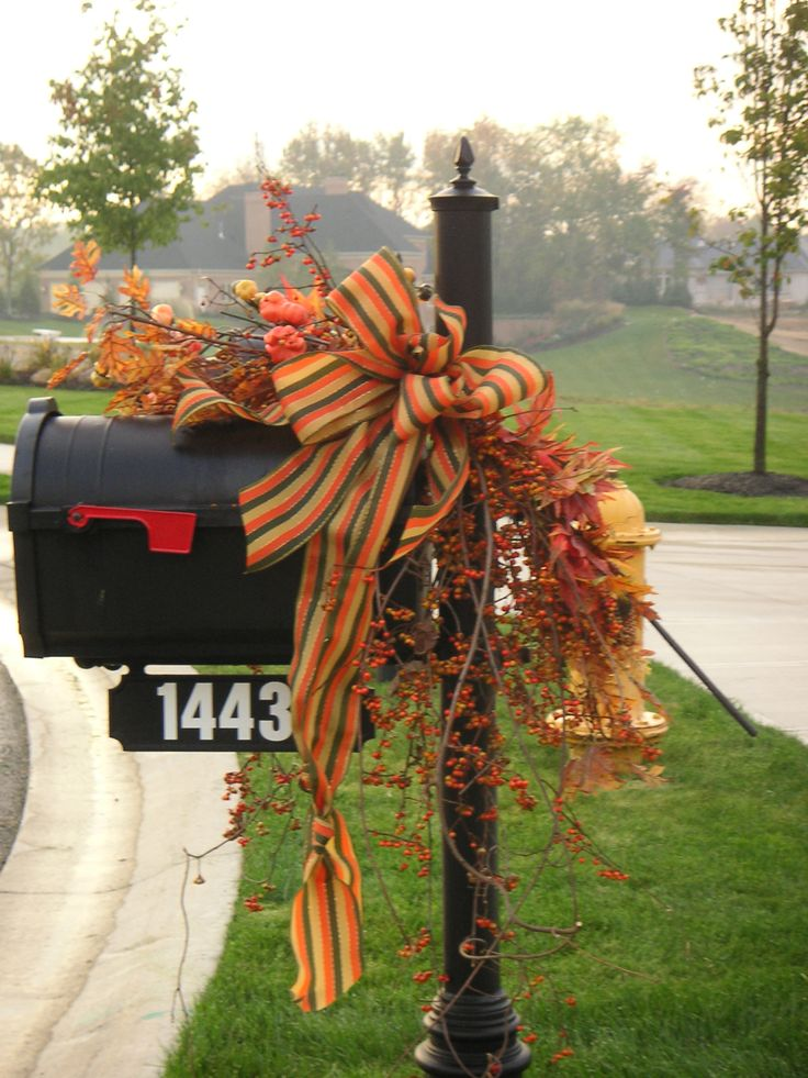 Favorite Fall Mailbox Decorating Ideas - Decor to Adore