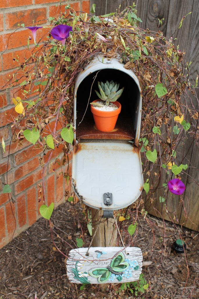Decor To Adore Storybook Cottage Early Fall Garden mailbox
