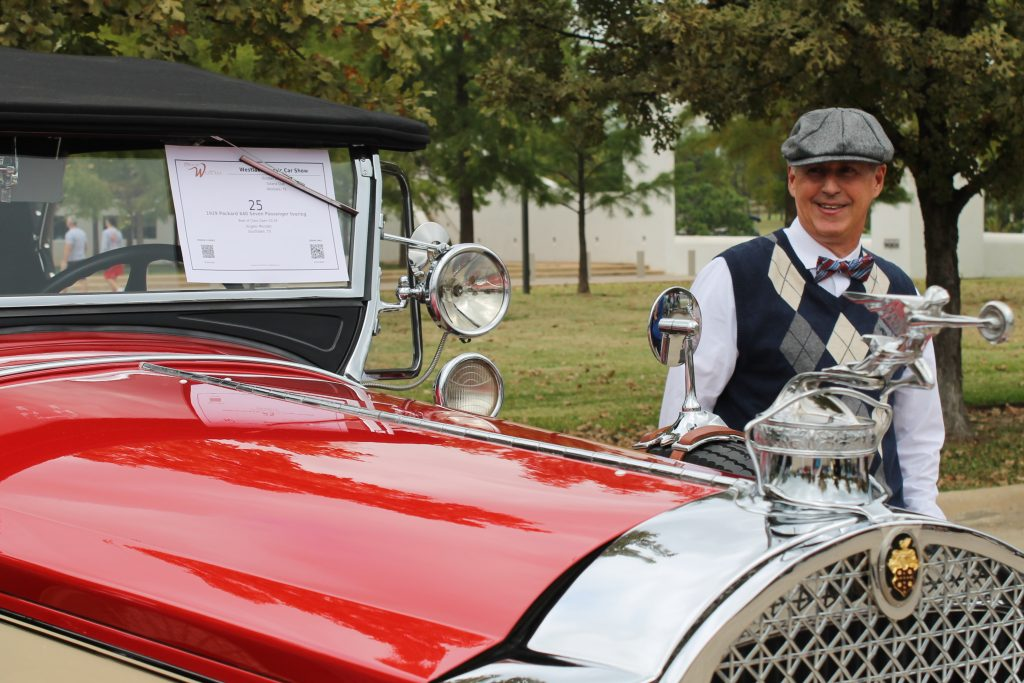 Decor To Adore 2017 Costume Reveal The 1920's hood ornament
