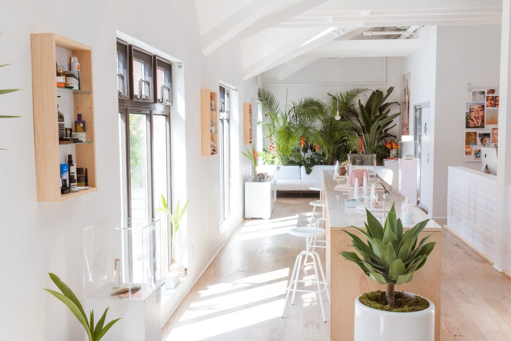 glossier showroom layout