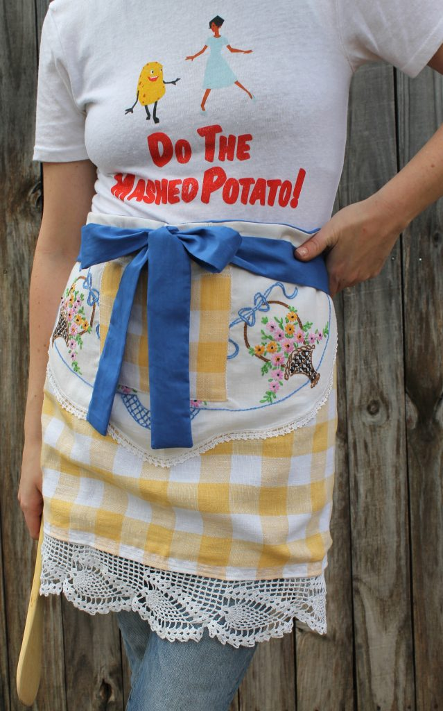 Decor To Adore Holiday Aprons yellow