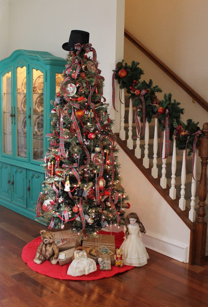 Decor To Adore Dickens Inspired Christmas Tree