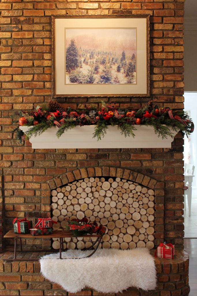 An Old Fashioned Christmas Home Tour