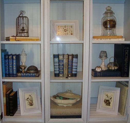 Accessorizing a Bookcase