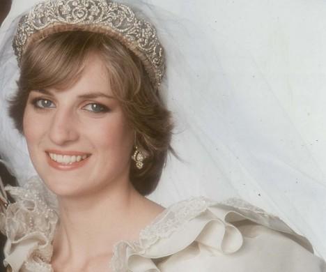 royal-wedding-wednesday-history-of-wedding-dresses