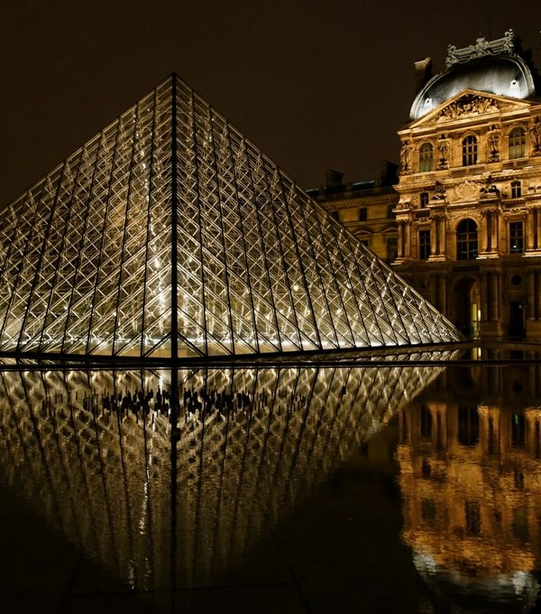 The Louvre's Secret Entrance and its Dazzling Exterior