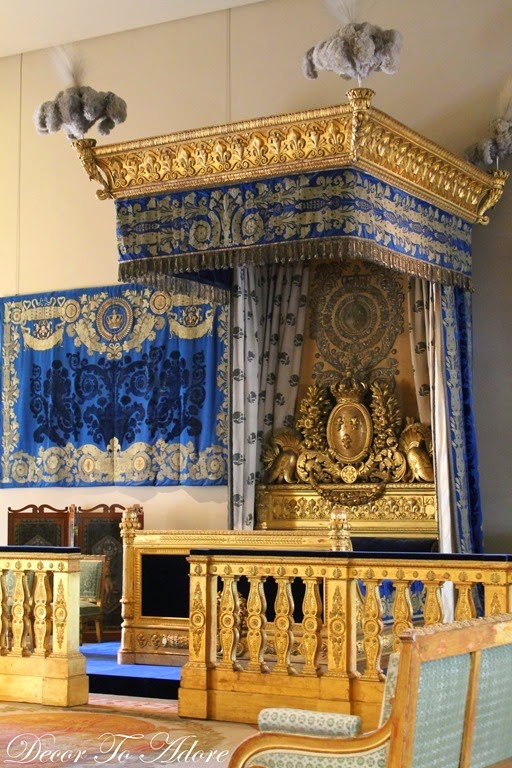 The Furniture and Accessories of French Kings