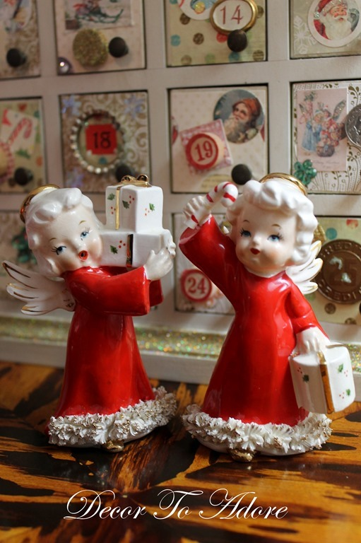 Cozy Christmas 2106 100