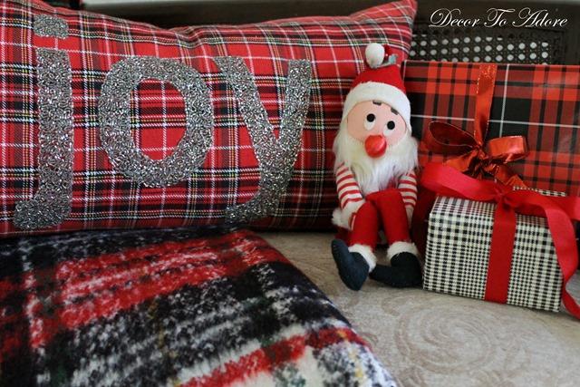 Cozy Christmas 2106 Tinker