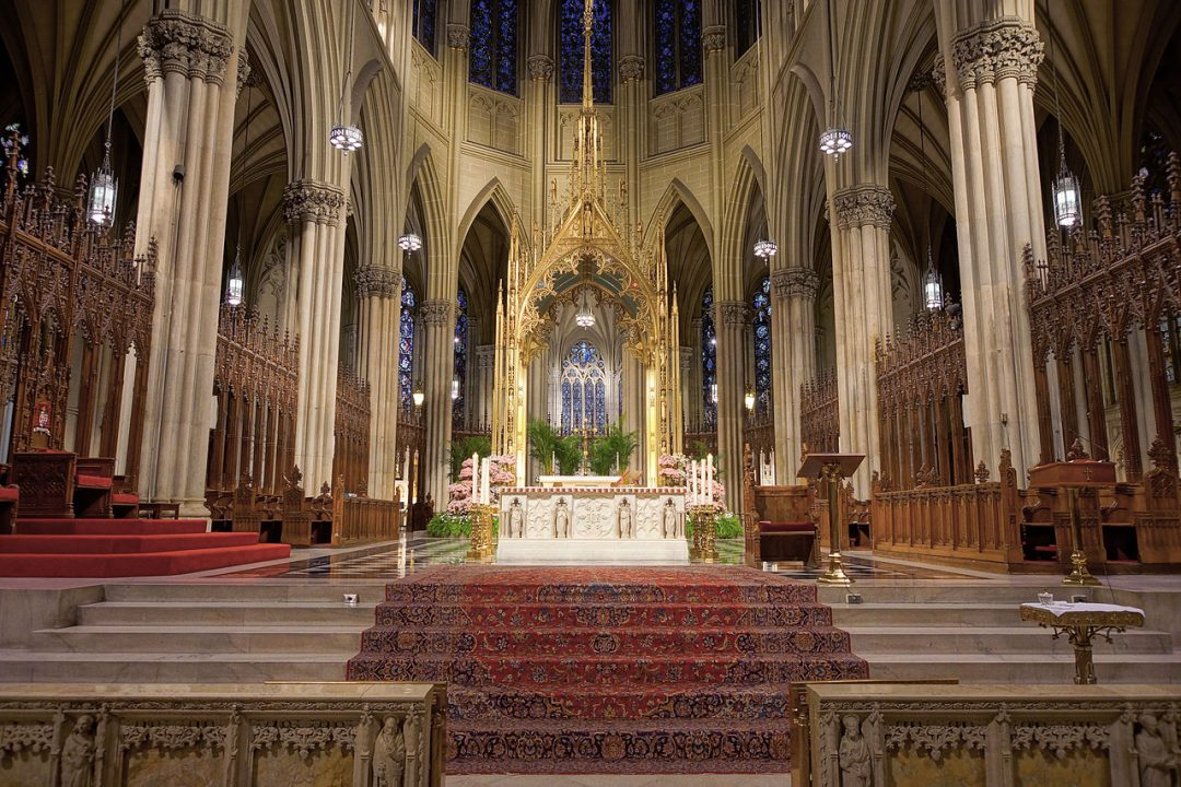 saint patrick's cathedral new york altar