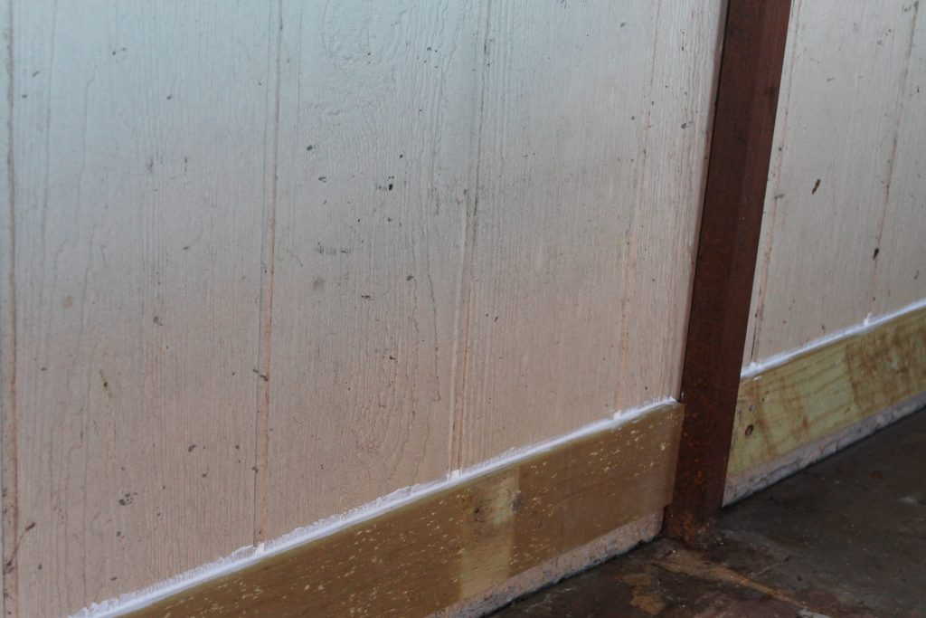 One Room Challenge Grimy Shed baseboard