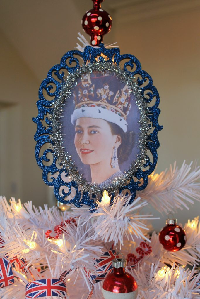Queen Elizabeth tree topper