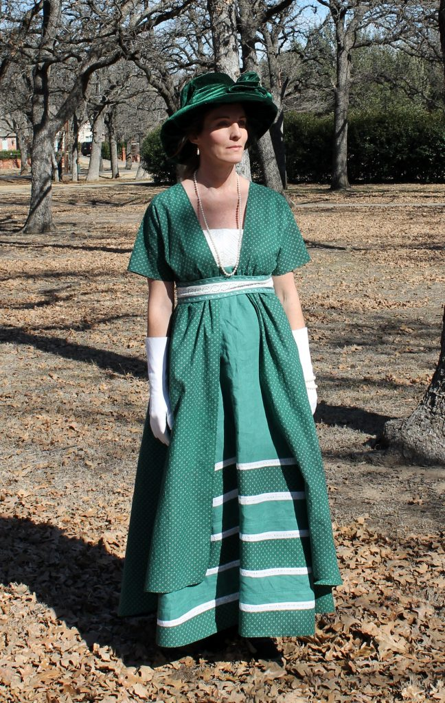 Green Edwardian Dress Decor To Adore