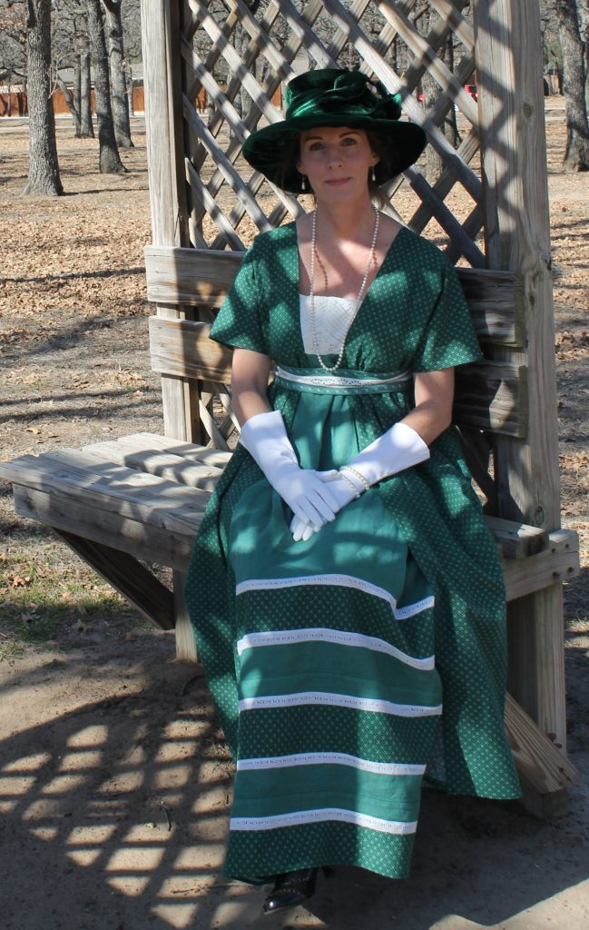 Green Edwardian Dress Decor To Adore