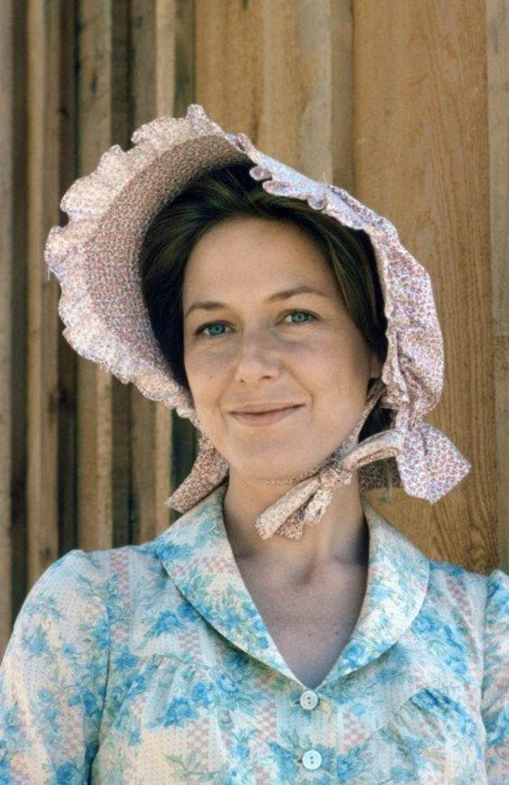 Caroline Ingalls bonnet