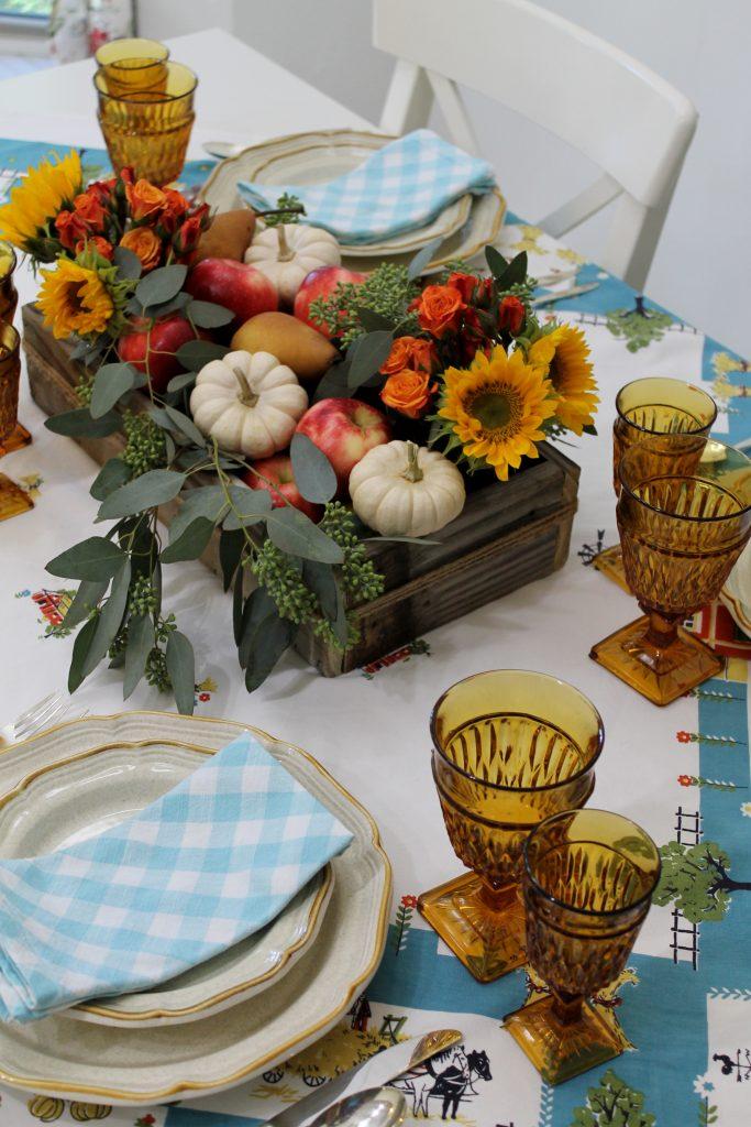 An Everyday Thanksgiving Table Decor To Adore centerpiece