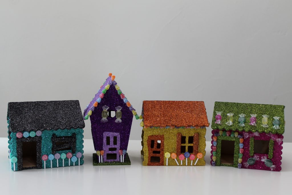 Hansel and Gretel Halloween Houses Decor To Adore