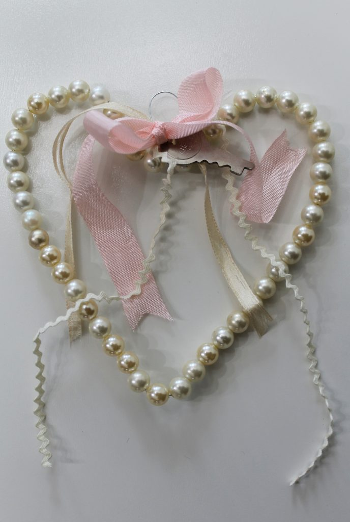 Decor To Adore pearl heart