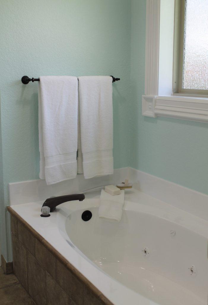 Reglazed tub